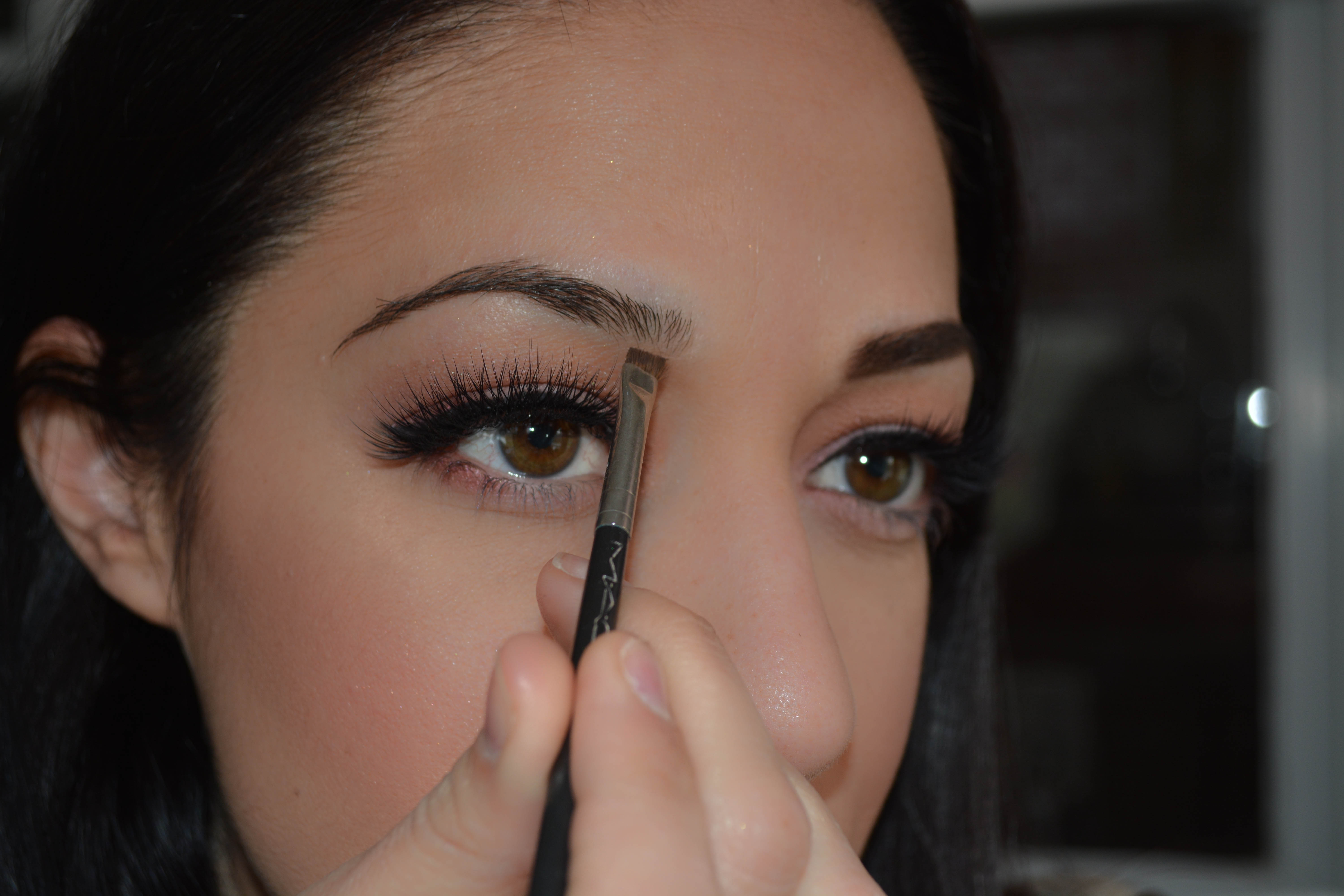 Beauty Filling In Your Eyebrows